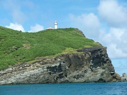 外海からの灯台.JPG